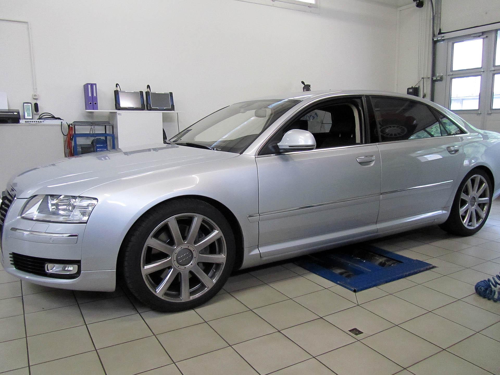 Audi A8 3.0lt TDI Quattro mit Elektronischer Fahrwerkstieferlegung Audi A8 limousine lange version, elektronische Tieferlegung