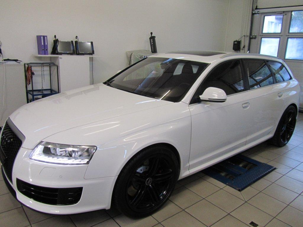 Audi RS6 Avant Quattro V10 Turbo 5.2lt 426KW